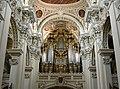 Orgel im St. Stephansdom-Passau.jpg