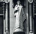 Ornement statue Simon Miedema Witte Huis ROTTERDAM.jpg
