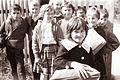 Otroci na poti iz šole 1961.jpg