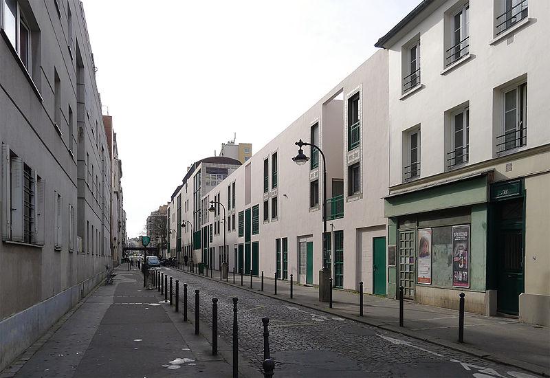 Fichier:P1230545 Paris XX rue Vitruve rwk.jpg