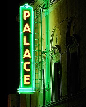 Palace Theater (Hilo, Hawaii) - The theater's neon sign