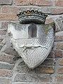 Palazzo Perolari-Malmignati, stemma familiare 2 lato sinistro (Lendinara).jpg