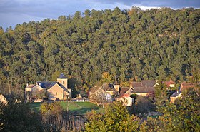 Panorama of Saint-Cirque-Madelon with its traditional Dordogne style church, see alsoo preceeding photo - panoramio.jpg