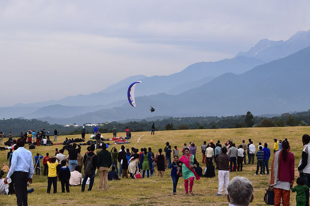 Paragliding World Cup 2015 at nearby Bir-Billing