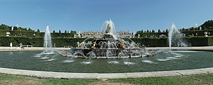 Parc de Versailles, parterre de Latone, bassin de Latone 02.jpg