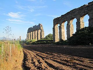 Parco degli Acquedotti 2013 -1.JPG