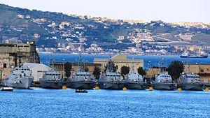 Pattugliatori GdF a Messina.jpg