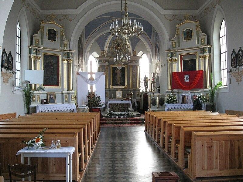הכנסייה בחלמנו בה נדחסו היהודים לפני שהושמדו