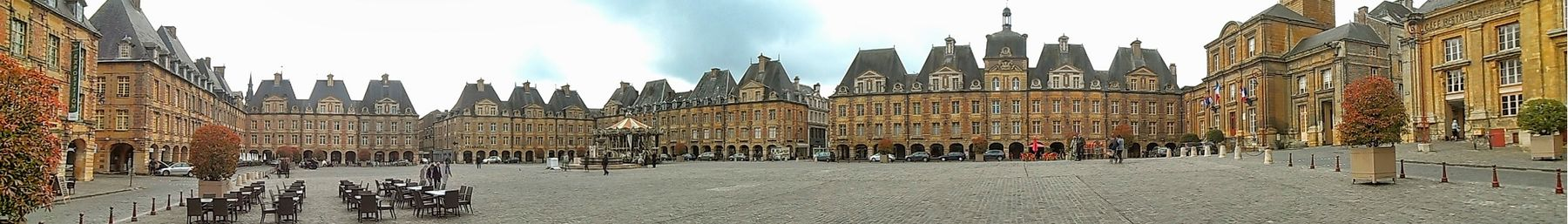Place Ducale, Panormablick.jpeg