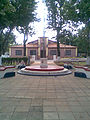 Plaza guarambare.jpg