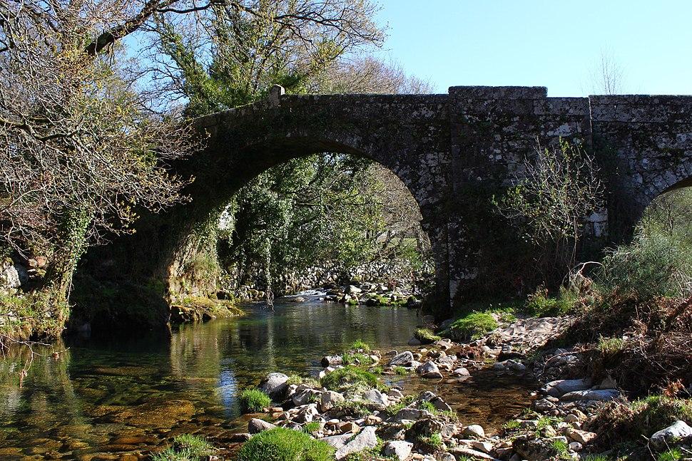 Ponte Anceu sobre o río Parada en Verducido, A Lama