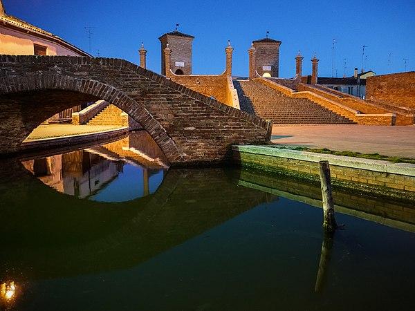 Ponte Trepponti.jpg