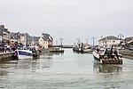 Port-en-Bessin-Huppain chenal.jpg