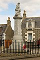Portknockie war memorial West.jpg