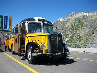 PostBus Switzerland - Image: Postauto oldtimer Grimsel