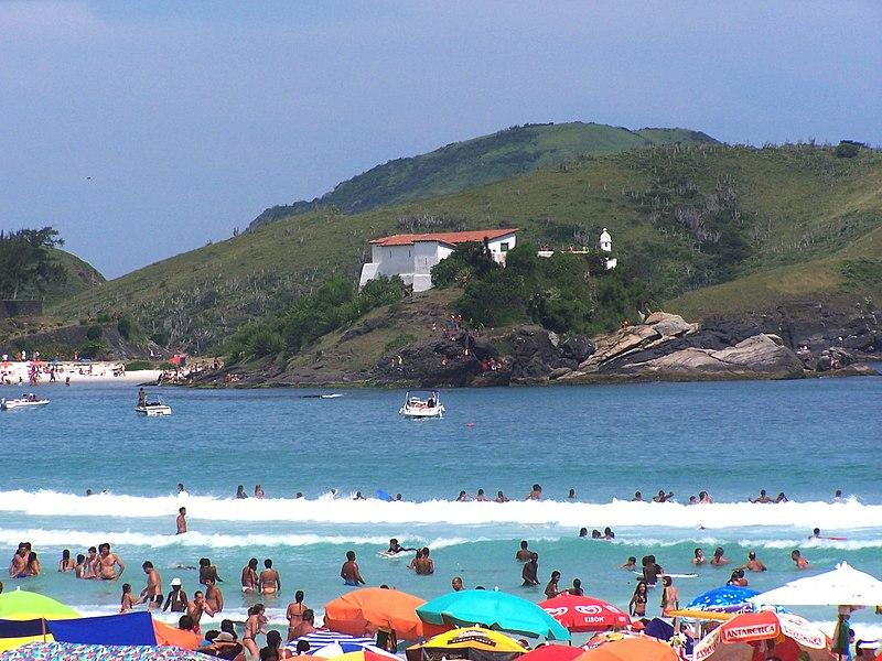 Ficheiro:PraiaForte-CaboFrio2.jpg