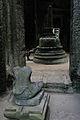 Preah Khan - Central Stupa (4206395779).jpg