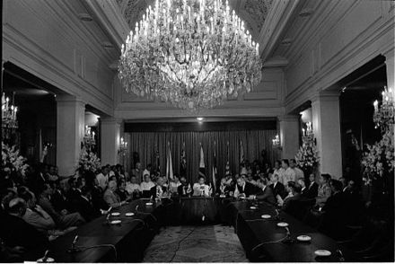Philippines President Marcos hosting the leaders of SEATO nations during the Manila Conference on the Vietnam War President Marcos and US President Johnson at the SEATO Conference at Malacañang Palace in 1966.jpg