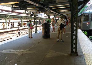 Prospect Park (BMT Brighton Line) - Coney Island-bound platform