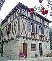 Pujols (Lot-et-Garonne) - Maison du XVIe siècle près de la place Saint-Nicolas.JPG