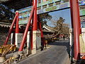 Qufu - gate with a lion turtle support - P1050536.JPG