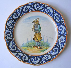 """Quimper faience - """"Petit Breton"""" plate, Henriot, c1925"""