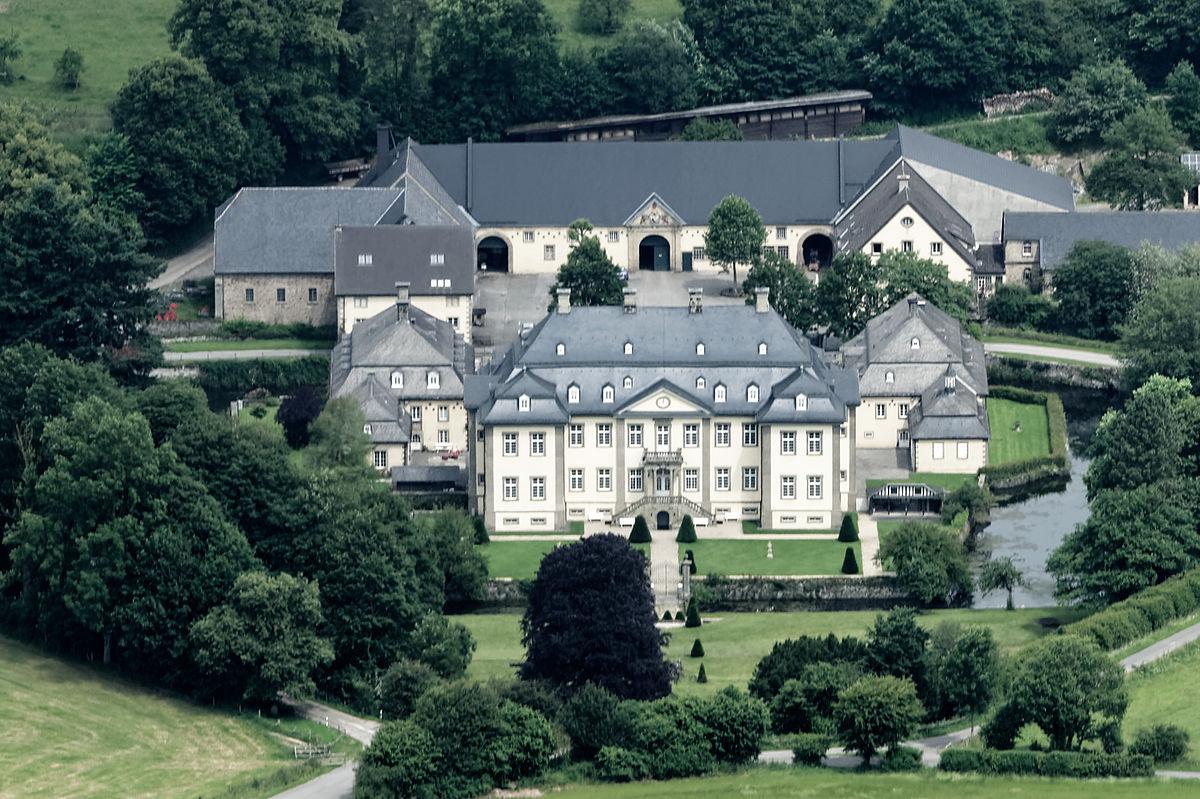 Billedresultat for In Körtlinghausen stand die größte und mächtigste Eiche Deutschlands.