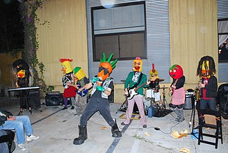 The Radioactive Chicken Heads - The Chicken Heads playing Bergamot Station in October 2010.