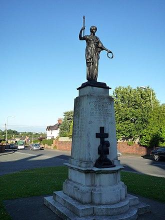 Alfred Turner (sculptor) - Image: Radyr War memorial