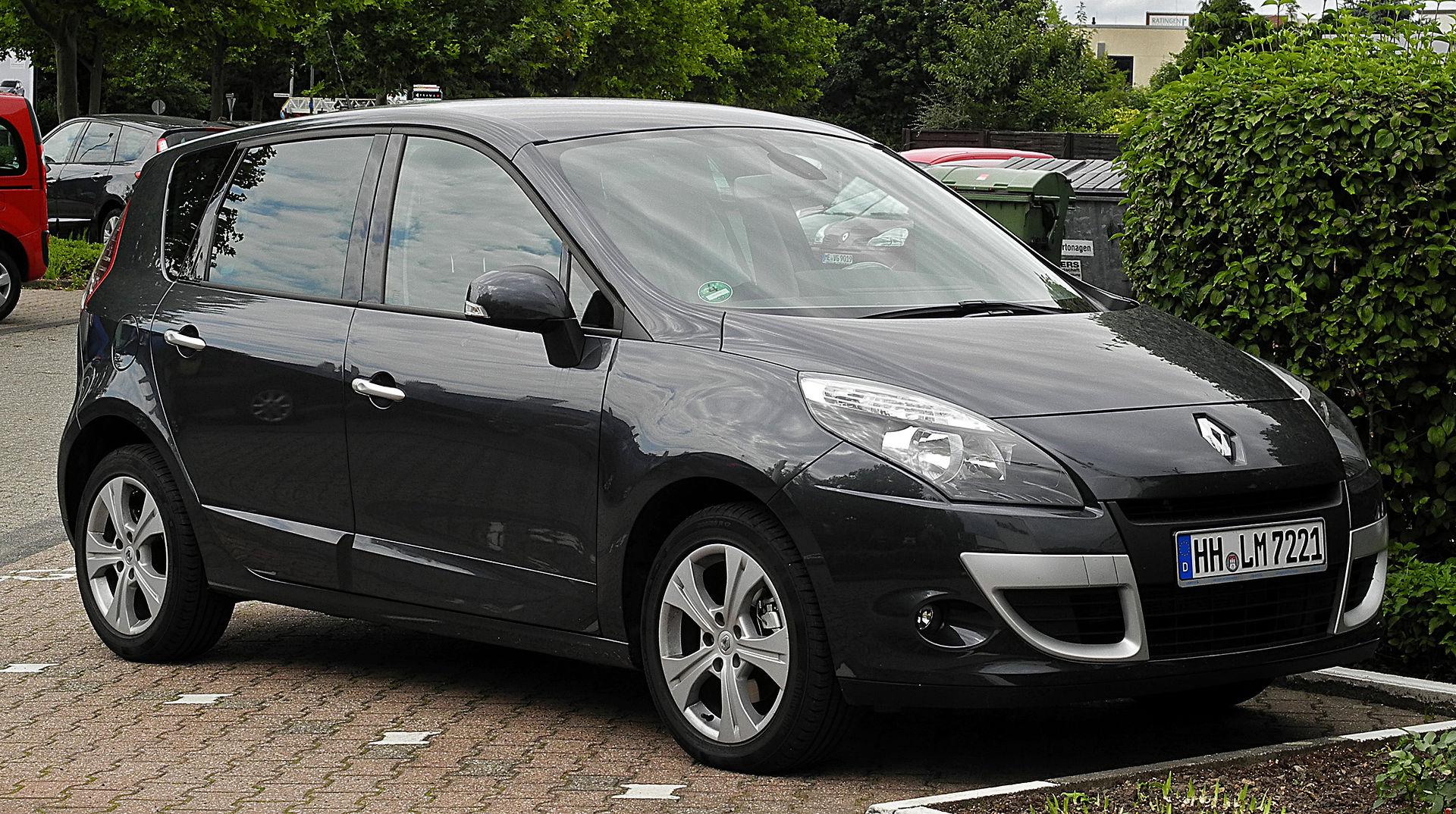 Renault Scénic (III) – Frontansicht, 2. Juli 2011, Ratingen.jpg