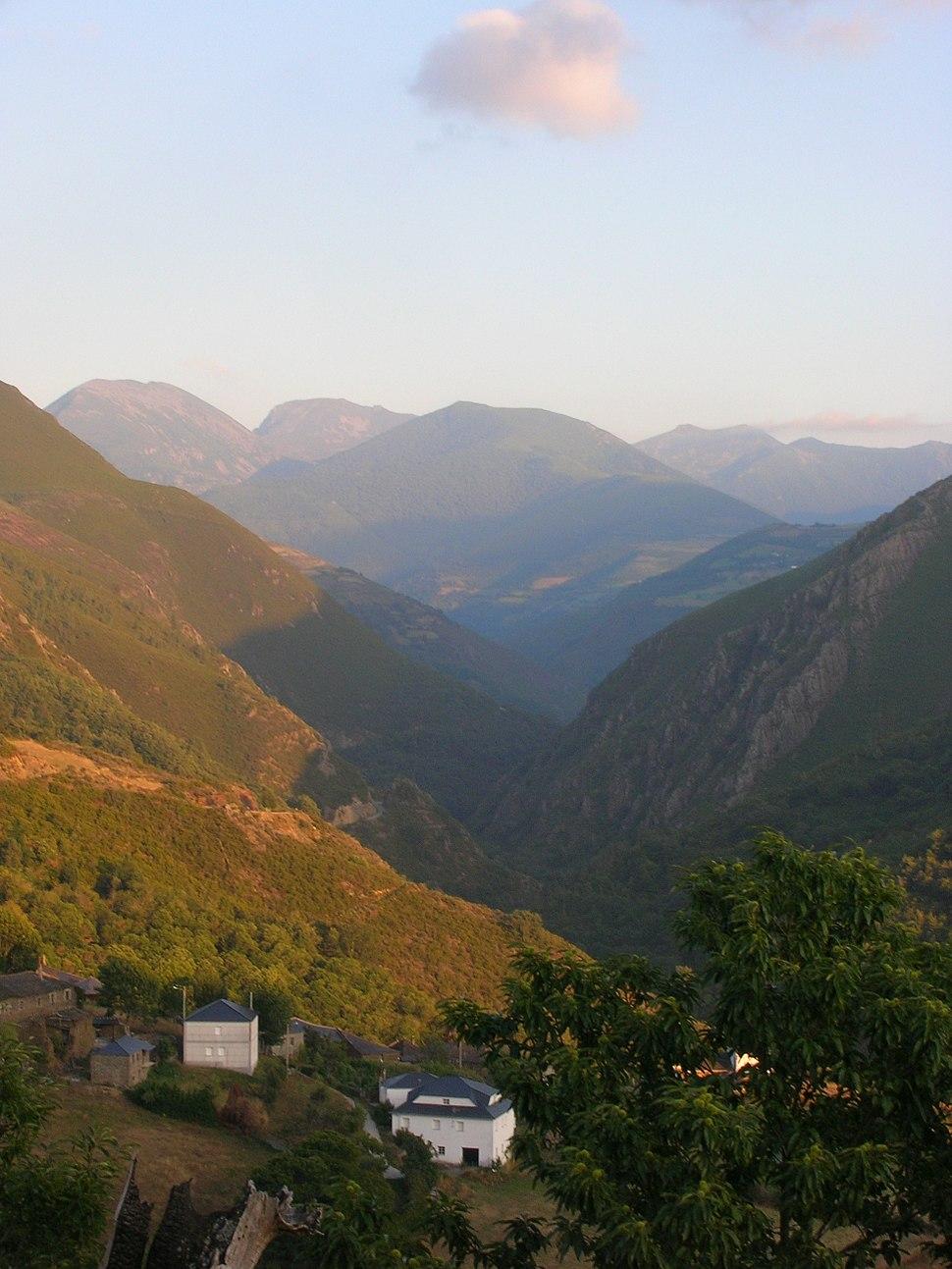 Reserva de la Biosfera de Os Ancares Valle del rio Ser