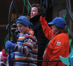 Rick Astley - Astley rickrolling the Macy's Thanksgiving Day Parade, 2008