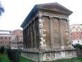 Roma - Tempio di portunus.JPG