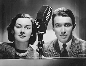 Rosalind Russell and James Stewart CBS Radio 1937.jpg