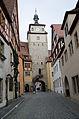 Rothenburg ob der Tauber, Georgengasse Weißer Turm-012.jpg