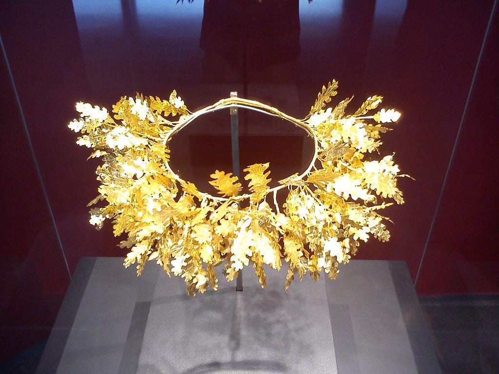 Royal crown Aigai