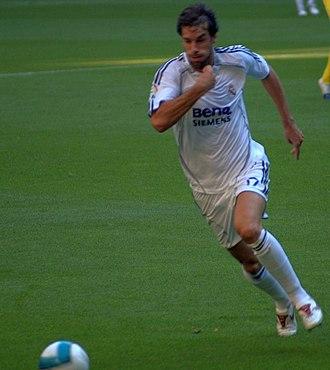 Ruud van Nistelrooy - Van Nistelrooy playing for Real Madrid in 2007