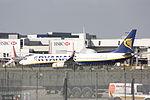 Ryanair Boeing 373 EI-EKR (24260828890).jpg