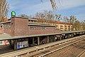 S-Bahn Berlin SundgauerStr 04-2015.jpg