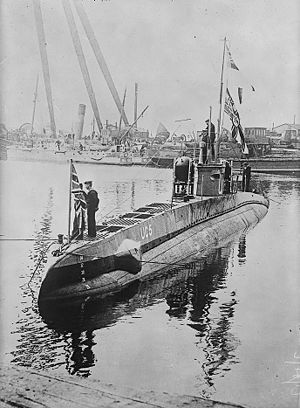 Coastal submarine - A minelaying German Type UC I submarine