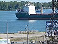 Salty freighter Brant approaching the Redpath sugar refinery - panoramio (2).jpg