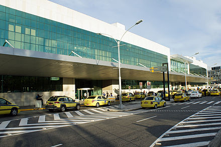 The new terminal building opened in 2007 and handles all departures. Santos Dumont Airport 08 2013 new terminal 7005.JPG