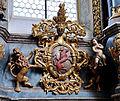 Schussenried Klosterkirche Hochaltar Wappen links.jpg