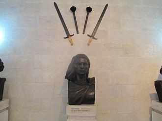 Skanderbeg Museum - Image: Sculpture of Mamica Kastrioti in Skanderbeg Museum