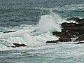 Seas breaking at Port Sgiogarstaigh - geograph.org.uk - 2125328.jpg