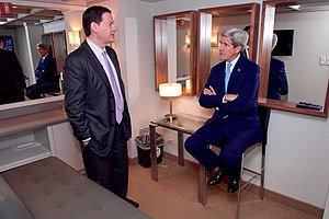 Mark Halperin - Secretary Kerry Chats With MSNBC Analyst Halperin Before Appearing on 'Morning Joe' in New York
