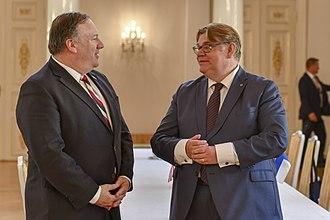 Timo Soini - Soini with US Secretary of State Mike Pompeo