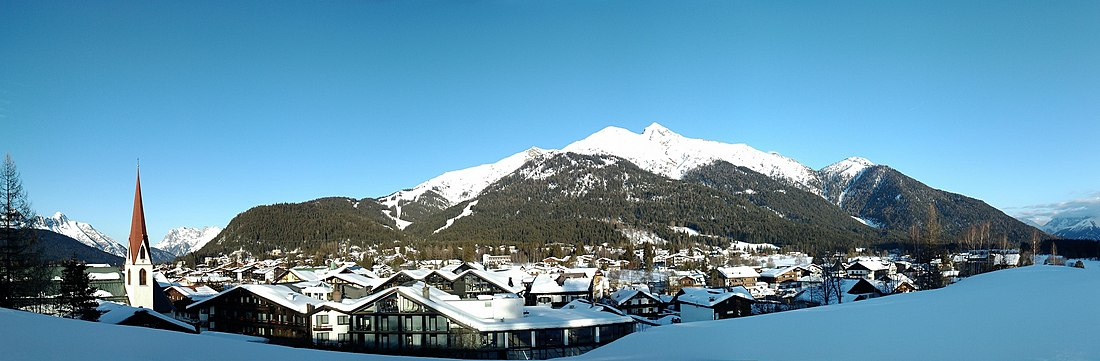 Seefeld Tirol panoramic panorama.jpg