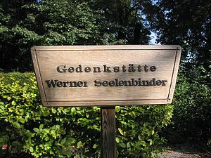 Werner Seelenbinder - Memorial and grave in Berlin-Neukölln