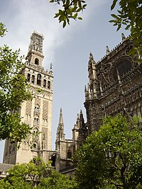 Sevilla Cathedral and Giralda.JPG